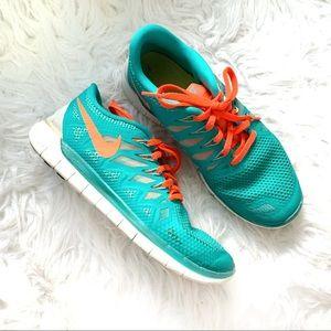 Nike green orange white sneakers size 8.5
